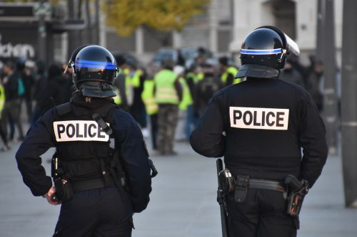 Image of police officers in action